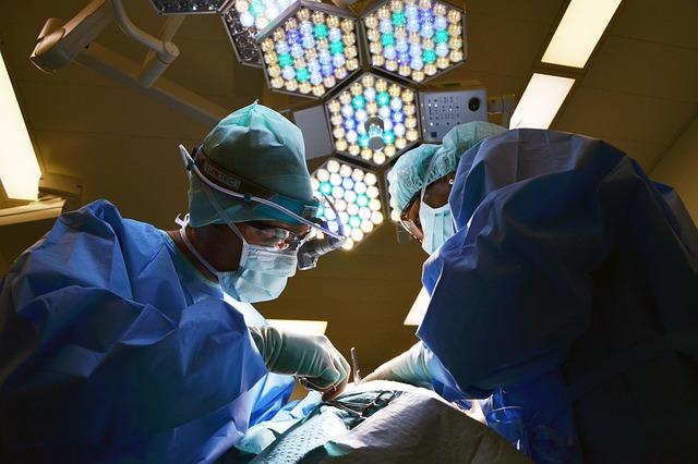 医者の画像:目からウロコの耳寄り情報局