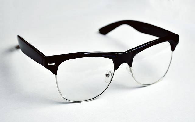 メガネの画像:目からウロコの耳寄り情報局