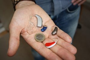 補聴器の画像:目からウロコの耳寄り情報局